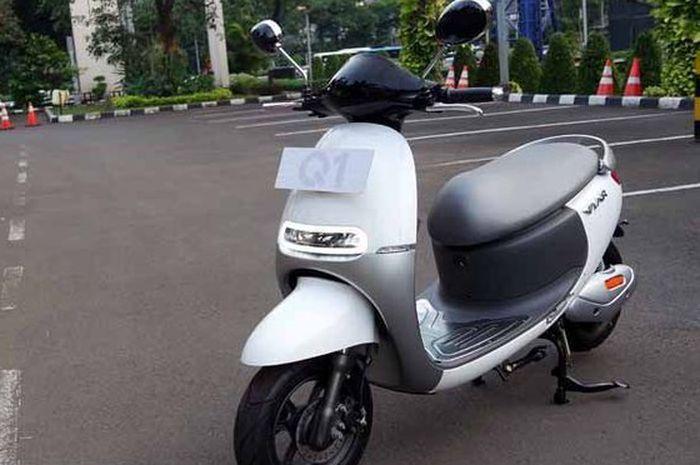 Motor listrik Viar Q1.