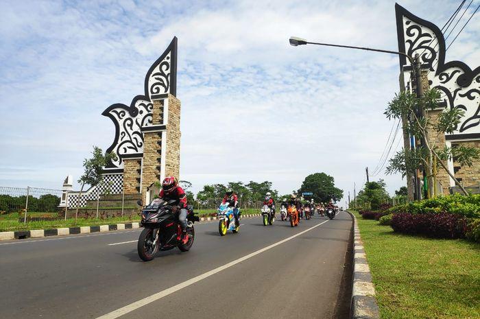 CBR Club Indonesia bikin Karawang heboh