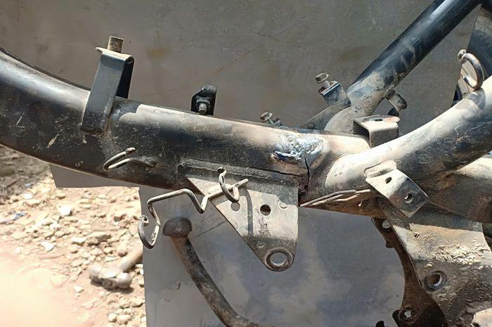 Bagian sasis motor bebek yang rawan patah dilas