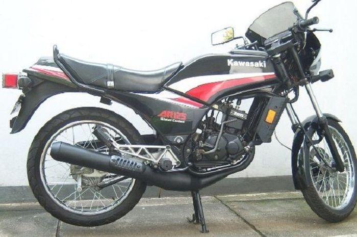 Kawasaki Binter AR125.