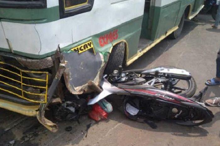Ilustrasi kecelakaan motor.