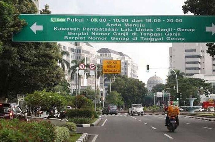 Rambu ganjil genap di DKI Jakarta