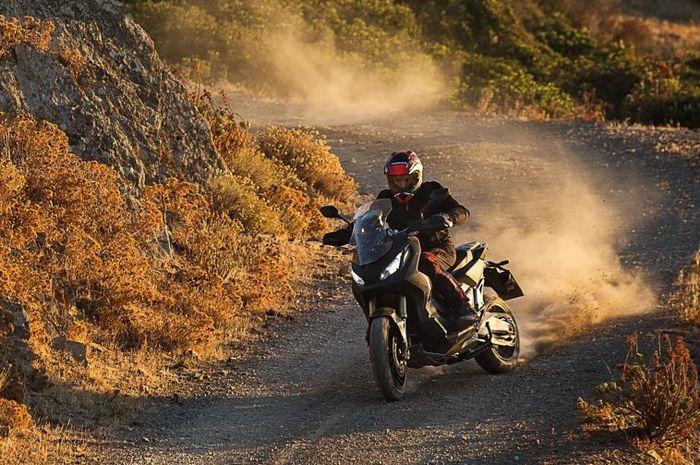 Honda X-ADV didesain sebagai motor adventure