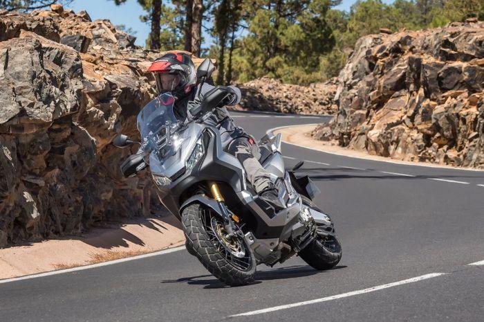 Honda X-ADV versi 150 cc dan 250 cc diperkirakan nyomot mesin All New PCX dan Forza