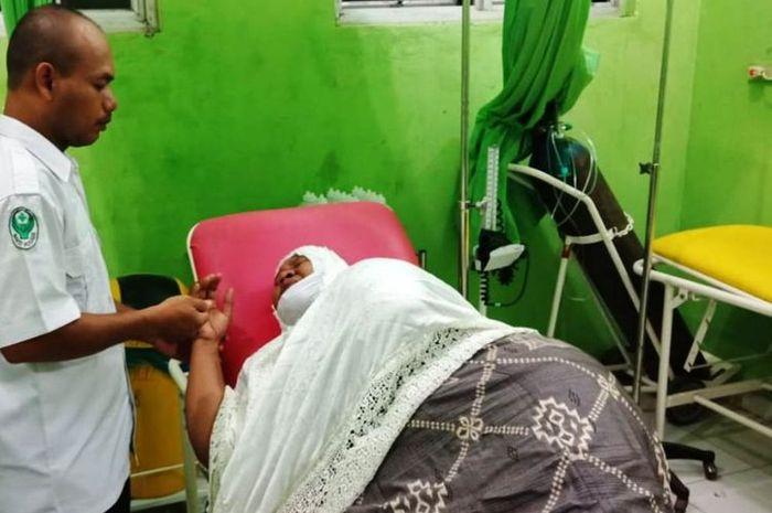 Seorang ibu menjadi korban begal di Aceh