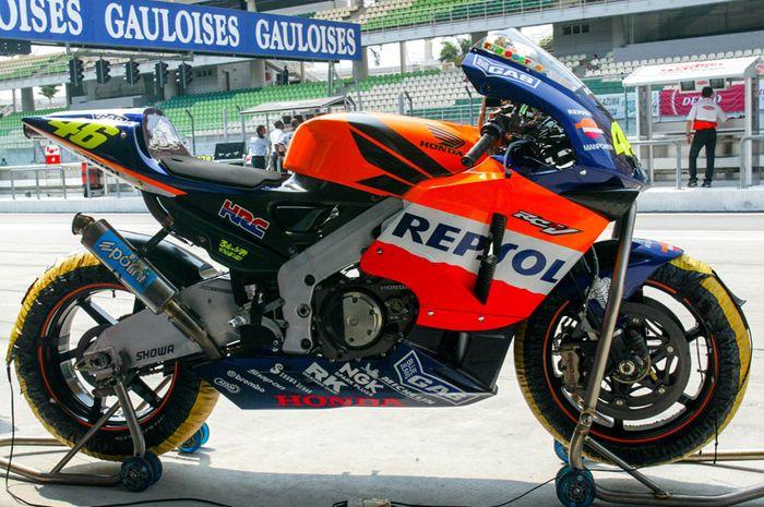 Honda RC211V 2002 andalan Valentino Rossi di debut MotoGP 4-Tak