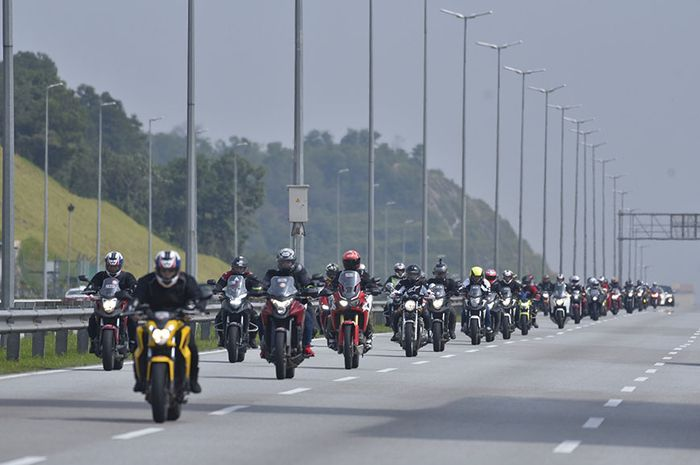 Ilustrasi motor masuk jalan tol, komunitas motor menanggapi wacana motor lewat jalan tol
