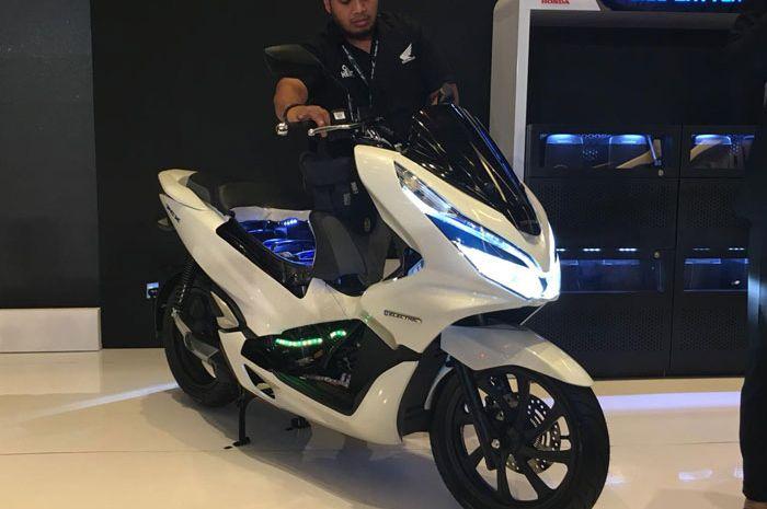 Honda PCX EV bikin sejarah jadi motor listrik pertama yang dijual di Indonesia