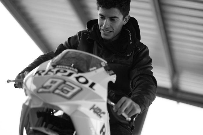 Marc Marquez berlatih di atas motor NSF100 yang jadi proyek baru AHM menggembleng pembalap muda binaannya