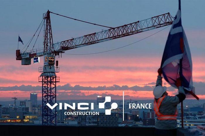 Vinci Construction.