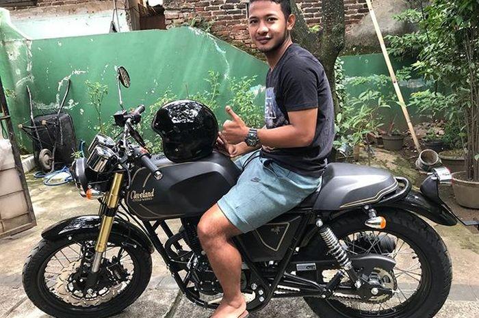 Gian Zola dan motor cafe racernya