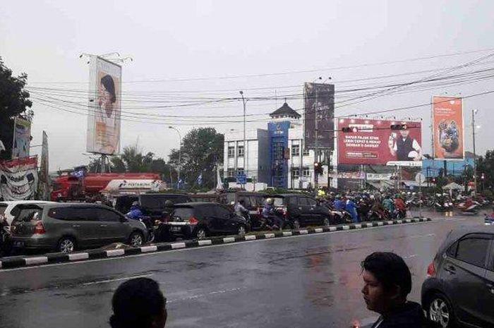 Lampu merah di Bandung durasinya sampai 12 menit