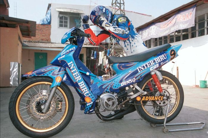yamaha F1Z-R Inter Biru CMS