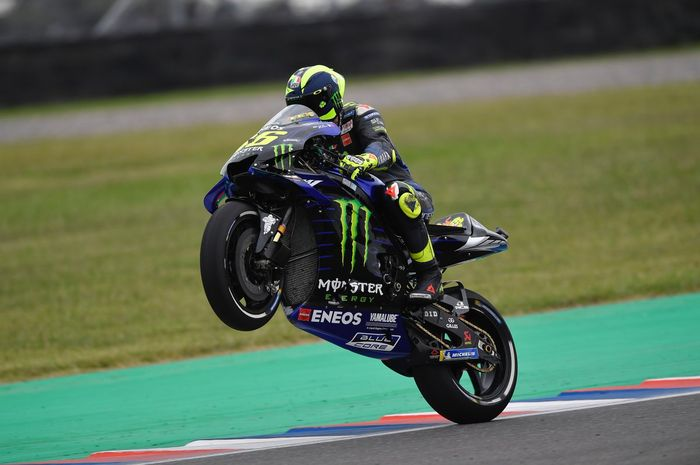 Valentino Rossi sudah pegang rahasia Andrea Dovizioso sehingga bisa menyalip dan finis podium 2 di MotoGP Argentina 2019