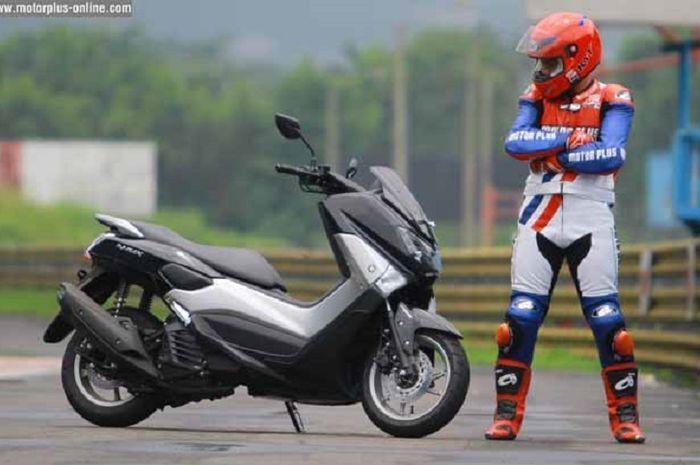 Bantingan Yamaha NMAX Jadi Empuk, Modalnya Cuma Pakai Per Honda Supra X125