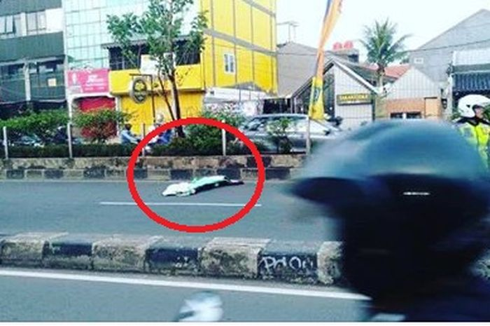 Seorang pemotor meninggal dunia setelah terjadi kecelakaan
