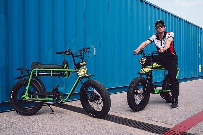 Cal Crutchlow dan sepeda listrik Super 73 edisi khusus