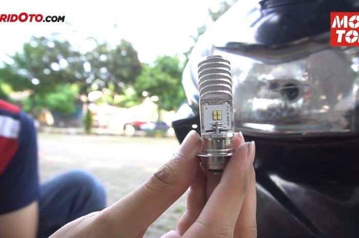 Pasang Lampu LED di Motor Lawas. Kenapa Lampu LED Enggak Awet Dipasang di Motor Kelistrikan AC?