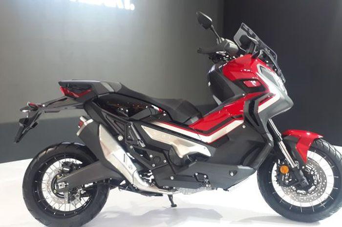 Honda X-ADV 150 diduga akan menggunakan sokbreker upside down seperti Honda X-ADV 750