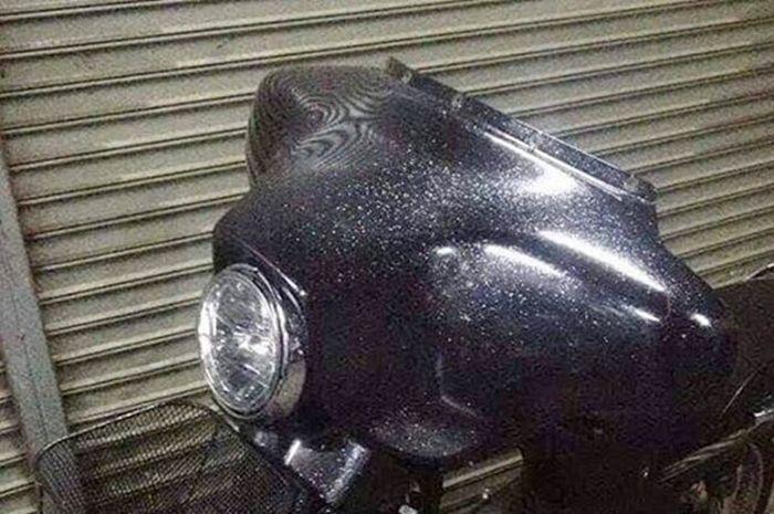 Fairing Harley-Davidson Ultra Classic menempel di motor