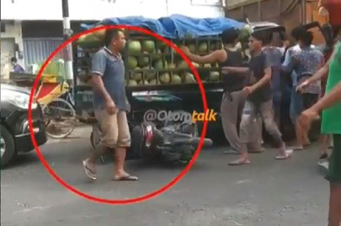 Kecelakaan beruntun di Medan, Sumatera Utara.