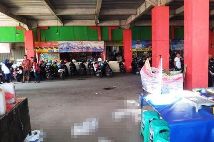 Tempat jatuh seorang remaja di Pasar Kliwon Kudus
