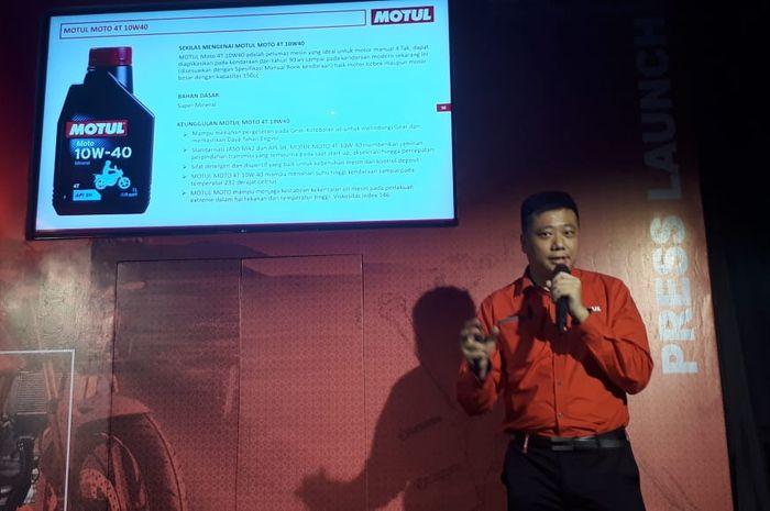 PT Perkasa Teknologi Indolube meluncurkan produk baru Motul Moto 4T 10W-40 dengan harga terjangkau di Jakarta (9/5/2019)