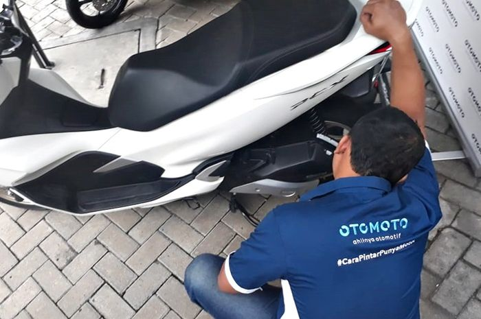 Mekanik Otomoto akan inspeksi setiap motor yang dijual