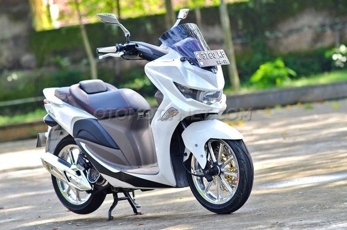 Modifikasi Yamaha NMAX mini dari Honda Spacy