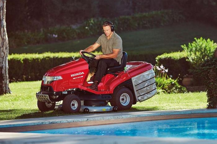 Mesin potong rumput Honda HF2317HME