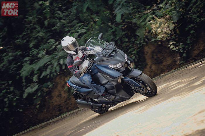 Yamaha XMAX 250.