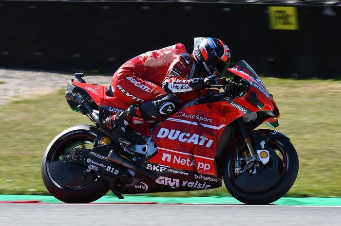 Danilo Petrucci sempat melibas trek MotoGP Australia, meski harus terjatuh ditikungan kedua begitu race baru dimulai.