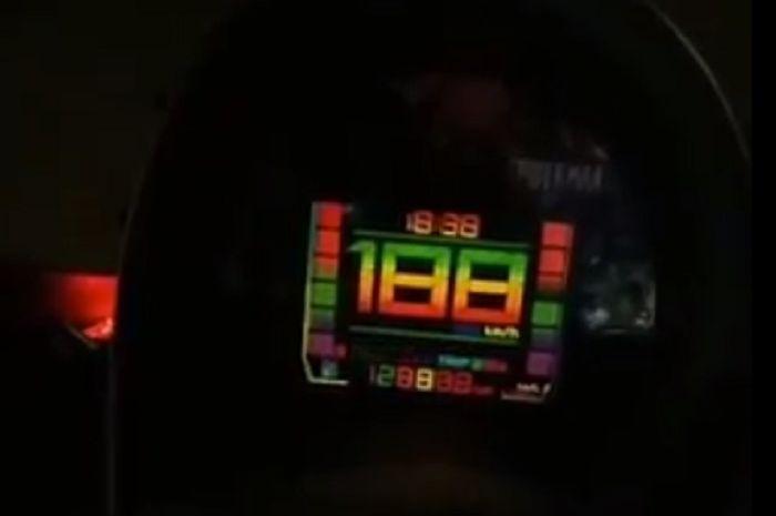 Speedometer warna-warni untuk Yamaha NMAX.