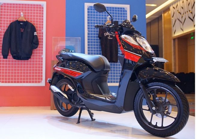 Honda Genio warna Smart Black Red