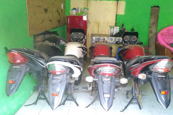 Body set Honda Tiger Revo dijual.