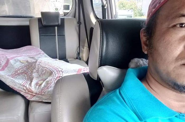 Driver taksi online yang diminta bawa mayat namun hanya dibayar sesuai Argo