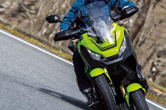 Honda X-ADV roda tiga