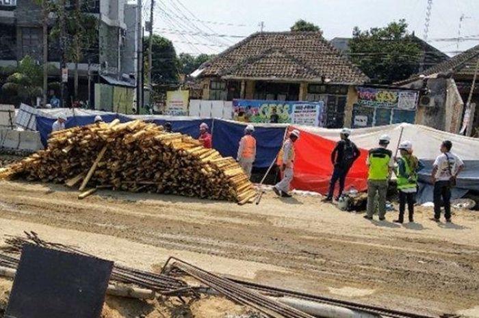 Suasana proyek underpass Kentungan Yogyakarta