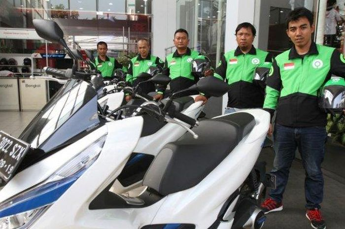 Astra dan GoJek siap gunakan Honda PCX Elektrik untuk GoRide