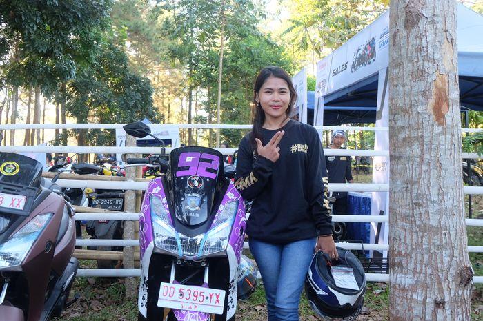 Andi Tenri, lady biker yang hobi turing