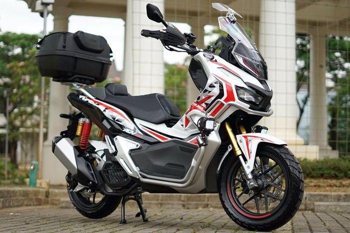 Honda ADV150 garapan R_Auto Works dan Witjax Modizigner