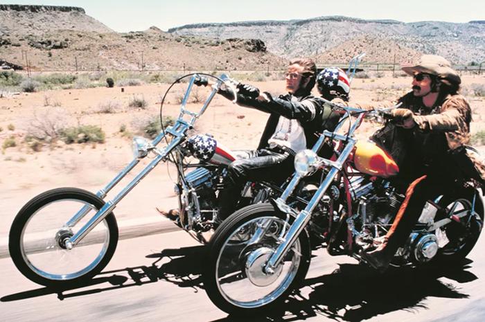 Peter Fonda saat beraksi di film Easy Rider