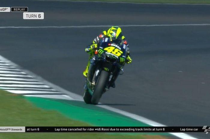Valentino Rossi sempat cetak waktu terbaik di FP2 MotoGP Inggris 2019 di bawah 2 menit tapi dibatalkan