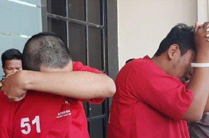 Para tersangka pencurian motor di Mapolrestabes Surabaya, Selasa (2/9/2019).