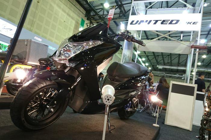 United Bike membuat motor listrik MG 1 yang mampu top speed 100 km/jam