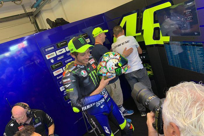 Ilustrasi. Valentino Rossi kenalkan helm khusus untuk MotoGP Misano 2019