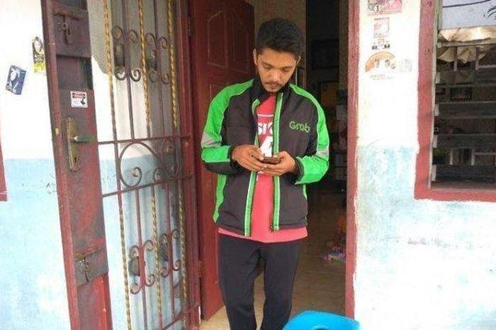 Erwin Siahaan driver ojol yang jadi anggota DPRD Medan
