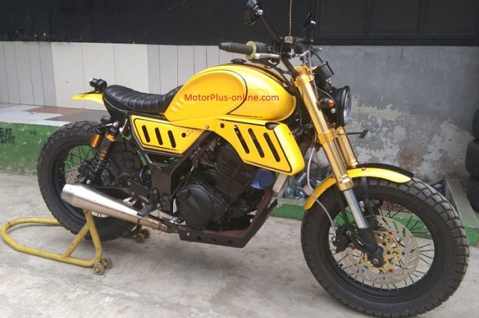 Kawasaki Ninja 250 garapan Tauco Custom.