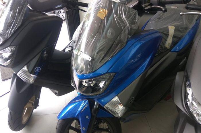 Skutik Yamaha NMAX 155 laris manis di pasar Indonesia, jadi incaran biker tanah air.