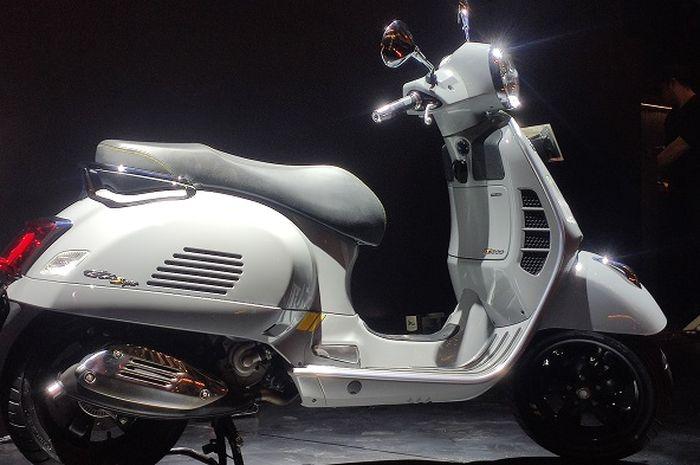 Vespa GTS SuperTech 300 resmi hadir di Indonesia